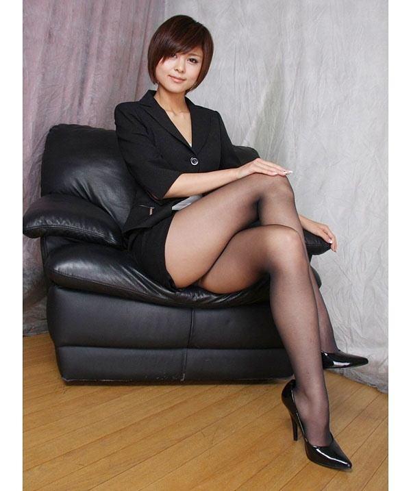 Asian women like wearing stockings